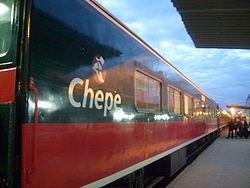 También conocido como Chepe o Ferrocarril Chihuahua-Pacífico, es una importante línea ferroviaria del noroeste de #México; enlaza las ciudades de Chihuahua, Chihuahua, y Los Mochis, Sinaloa, con su puerto de Topolobampo en la costa del Pacífico. Recorre 650km, atravesando las Barrancas del Cobre, un bello y accidentado sistema de cañones. Es considerado por algunos como el mejor viaje panorámico en ferrocarril de América.