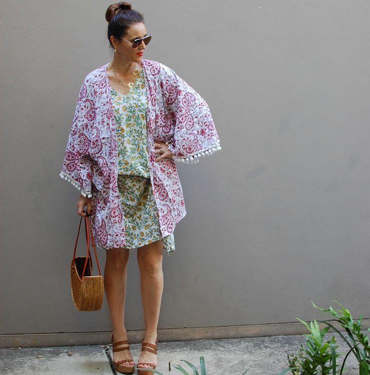Wearing the Bohemian Traders Falling Flowers Kimono. Mixing prints.