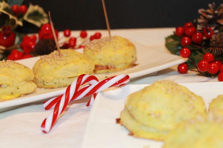 ricetta finti panini di patate ripieni di speck e formaggio