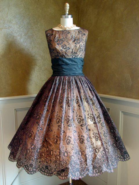 1950s dress (Jumblelaya Vintage - ebay /Etsy)