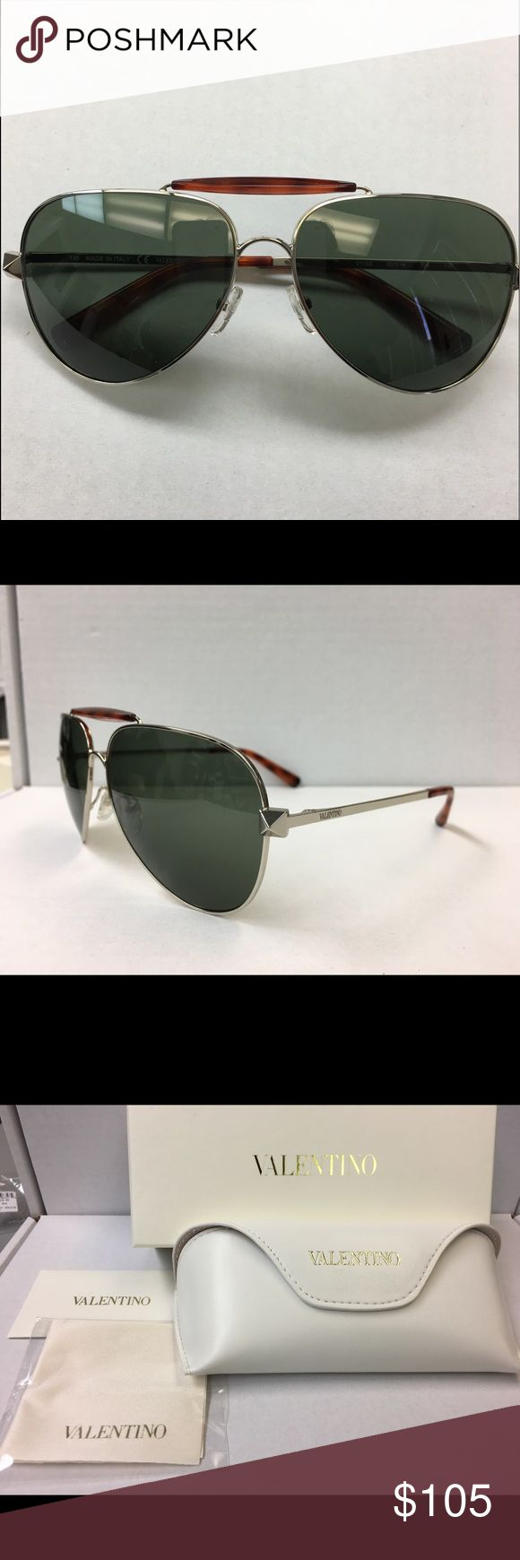 NWT Authentic Valentino Aviator Sunglasses TREAT YO SELF👑  Brand New!! Stunning Authentic Valentino Women's Sunglasses  Model: V115s Color: 708 Light Gold, Blonde Havana Style: Aviator  Includes: Valentino Case (Box not included)  Microfiber Cleaning Cloth Valentino Certificate of Authenticity   The PERFECT present for anyone!!  Retails for over $360 ~ *Price Firm* 🚫TRADES Valentino Accessories Sunglasses