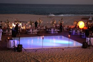 Light up dance floor on the beach? Yes please! #BBWeddings and #stylemepretty