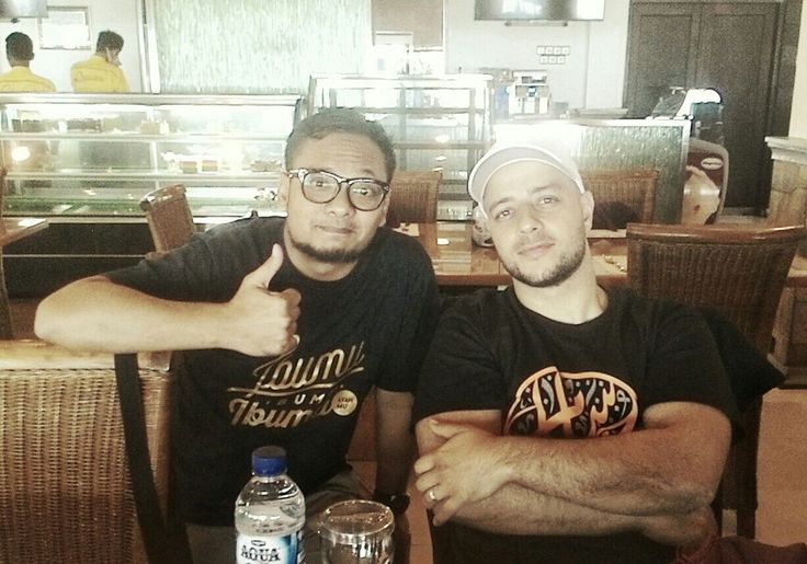 Kaos Islami Gaul,  Atasan Kaos Muslim  WA 0858.6626.1135   #localbrand #clothingindonesia #clothingbrand #distro #distrojogja #clothing #streetwear #dailywear #casualstyle #casualoutfit #casualwear #ootd #ootdindonesia #outfitoftheday #outfitideas #lookbook #lookbookindonesia