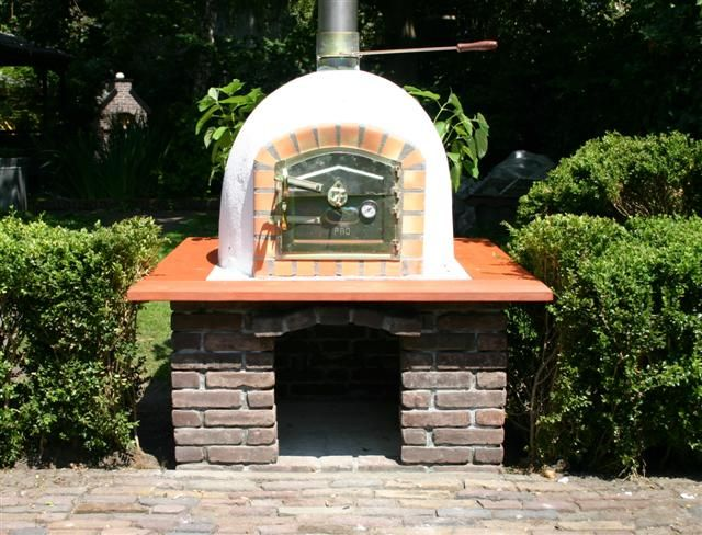 Steenoven Pizzaoven Metselwerk