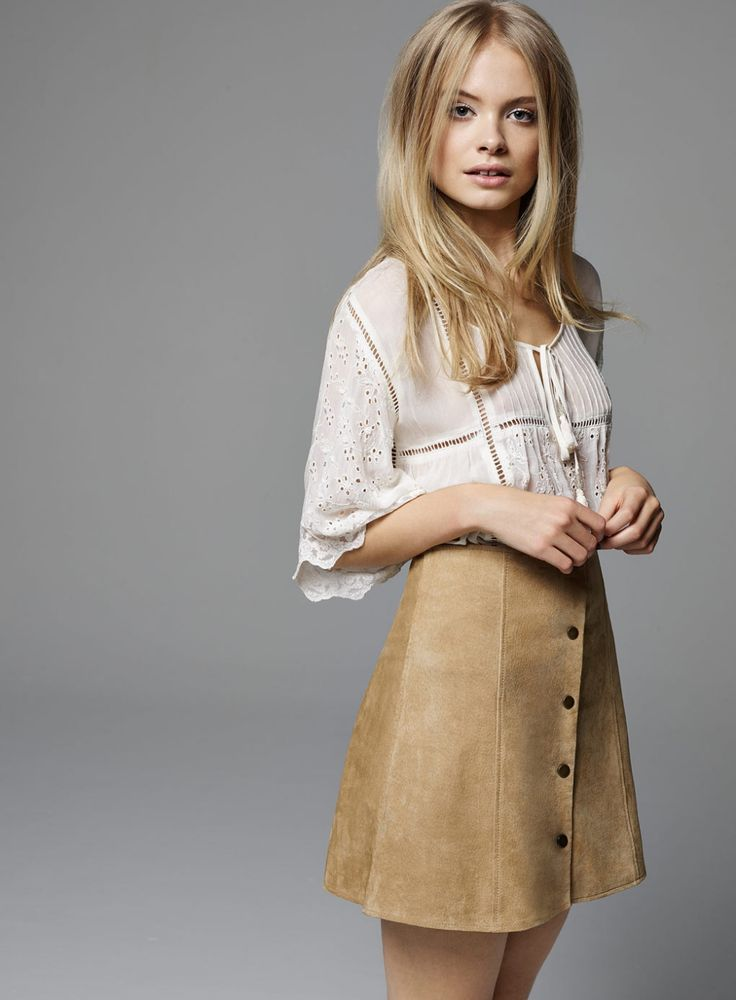 Spring trend: Button-front skirts