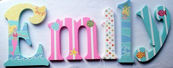 Personalized Wall Sign. Custom Painted Wooden Wall por PoshDots
