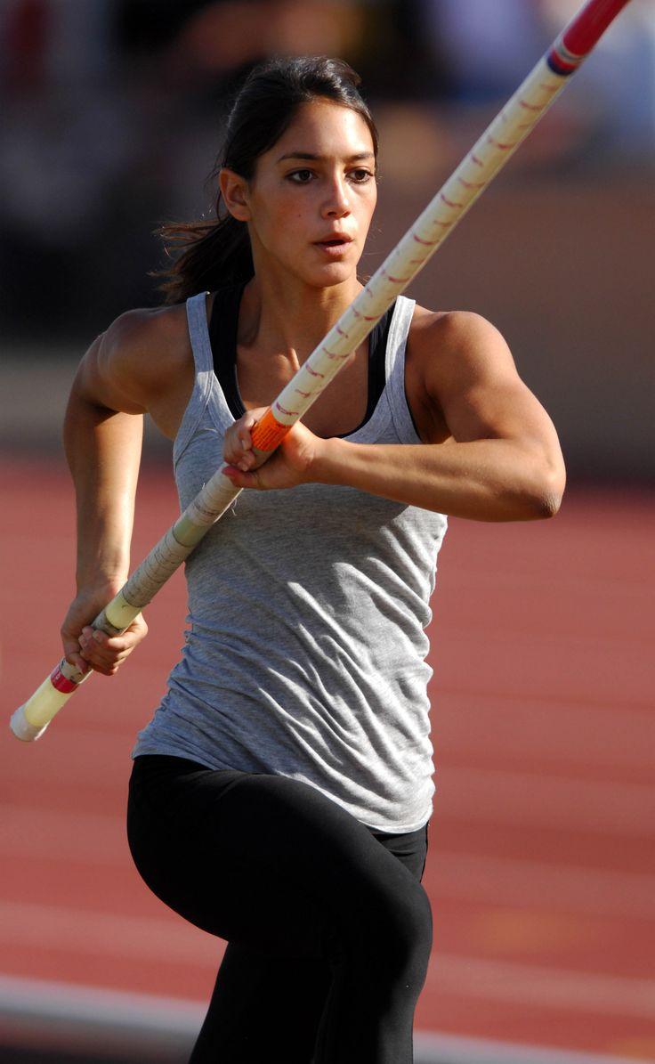 Allison Stokke 모델, 스포츠