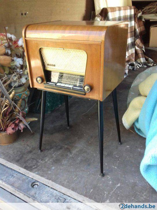 Antieke radio platenspeler