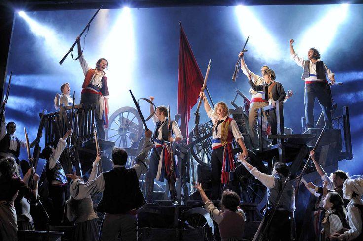 Les Misérables és un musical compost el 1980 pel compositor francès Claude-Michel Schönberg. Basat en la novel·la de Victor Hugo de 1862, situada a la França d'inicis del segle XIX, la trama segueix les històries dels diversos personatges mentre lluiten per la redempció o la revolució.