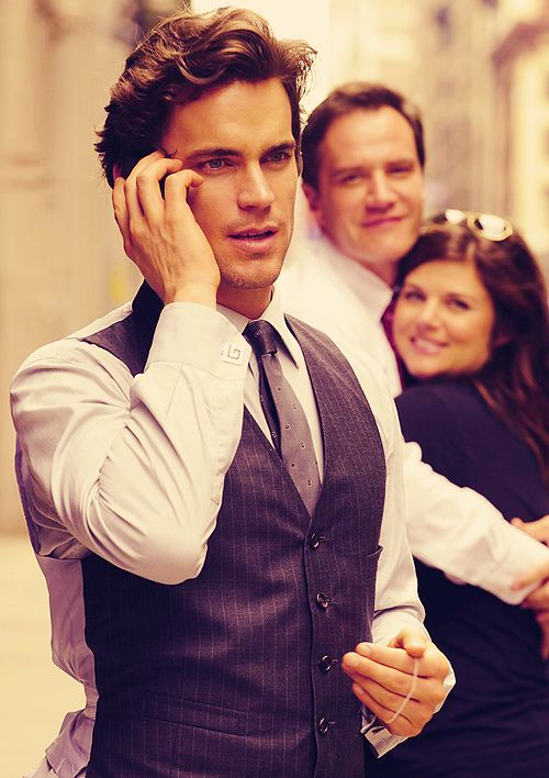 peter, elizabeth, lets take your photo.....oo! neal caffrey!