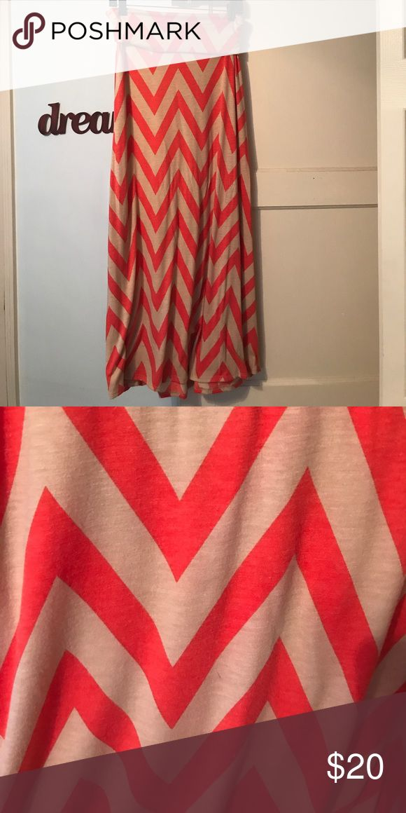Chevron print maxi skirt Only worn once or twice. Looks brand new. Colors are coral and light tan. Skirts Maxi