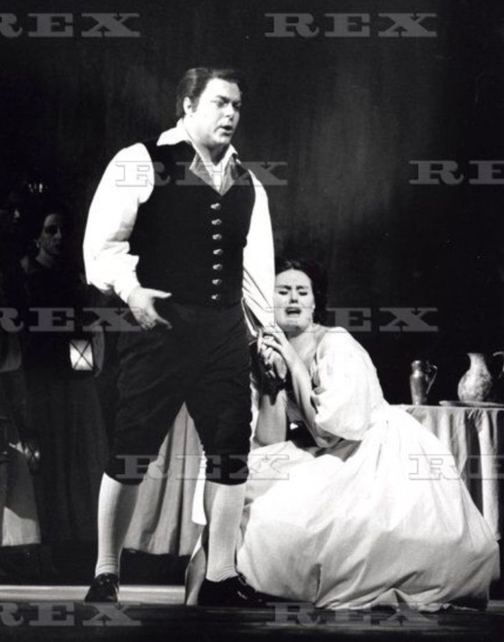 Luciano Pavarotti as Elvino and Dame Joan Sutherland as Amina in La Sonnambula, Covent Garden 1965.
