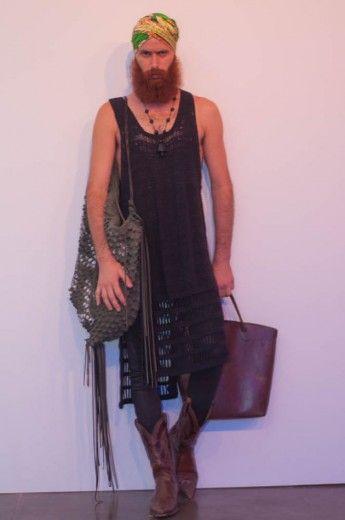 """Marco Antonio: """"Sou design, trabalho com crochê design. Eu que criei esse look. Na verdade me inspirei no meu próprio trabalho pra me vestir hoje"""""""