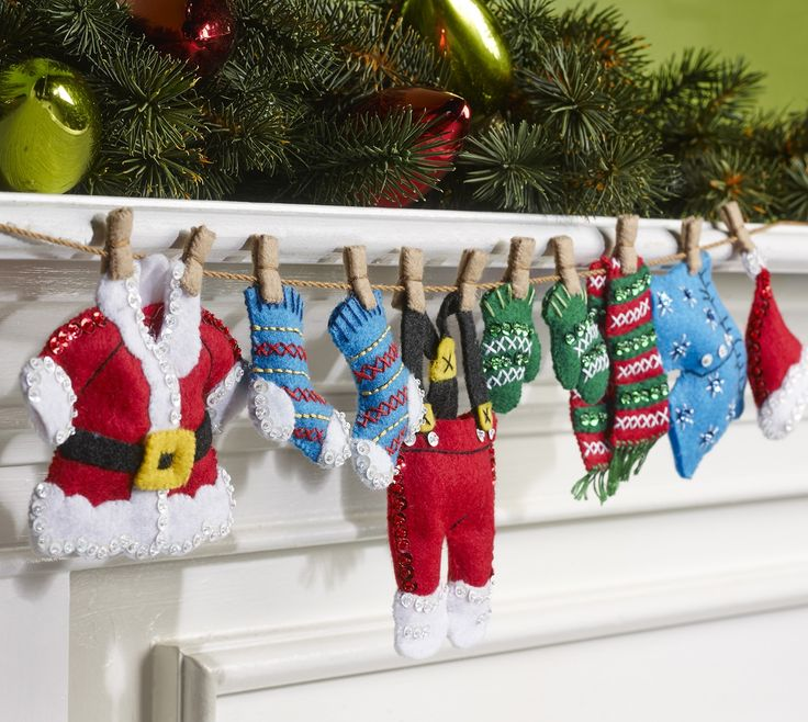 Santa's Laundry Bucilla Felt Garland Kit Photo Large