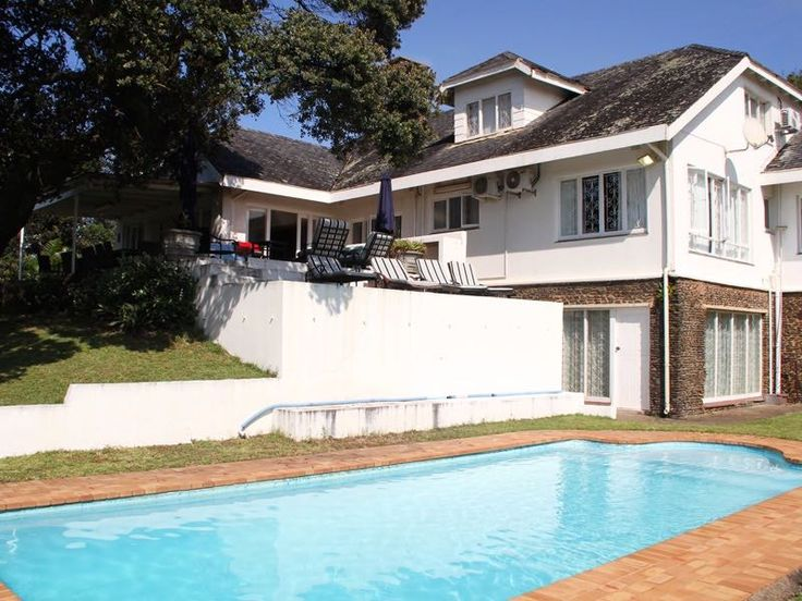 Stonehaven Self-catering holiday home is situated directly on the beach at 17 Marine Drive, Umtentweni and is approx. 110 km from Durban. It is situated close to all amenities and main swimming beach, shopping center, golf course etc.…  and only 5km away from Port Shepstone.