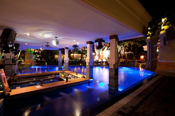 The Bounty Hotel, Bali - Pool Bar