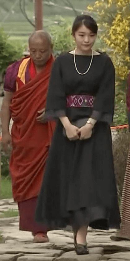 眞子さまがブータンで最後となる海外公式訪問中ですが、 その鮮やかなファッションに注目が集まっています。 これまでに着用された衣装は着物も含めて11着になるそうですが、 今日のミヤネ屋ではファッションについて、 ファッショ・・・