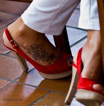 Caviglia gonfia senza dolore - http://www.wdonna.it/caviglia-gonfia-senza-dolore/59031?utm_source=PN&utm_medium=Gossip&utm_campaign=59031