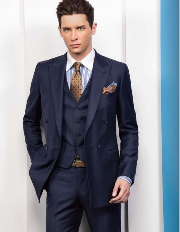 Get Custom Men Suits Online from Tailoring Factory Thailand