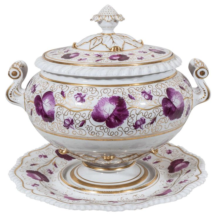 A Flight, Barr, Barr Worcester Porcelain round soup tureen and stand beautifully decorated in puce and gilt with leaves and scrolling vines. The cover and stand both have the unique Worcester gadrooned edge. Marked with the Worcester impressed crown above FBB.