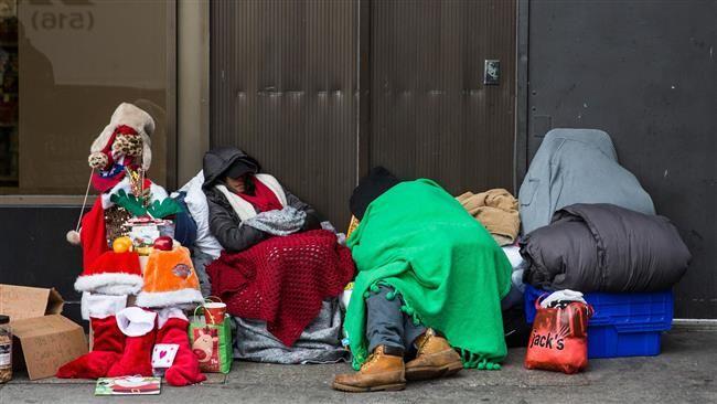 Znalezione obrazy dla zapytania christmas in city homeless