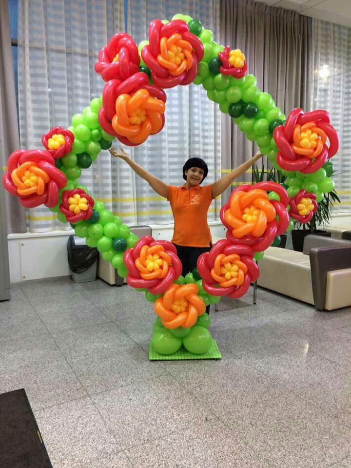 Top 25 best balloon pictures ideas on pinterest for Balloon arch frame kit party balloons decoration