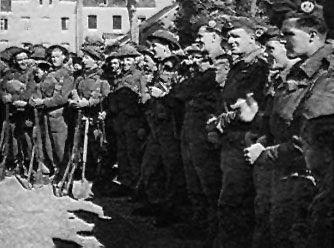 Highlanders in the station square at St Valery-en-Caux, 1 September 1944