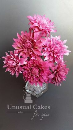 Learn how to make beautiful realistic dahlias. This video is extremely comprehensive so great for the beginner or the advanced. It covers every step, from th...