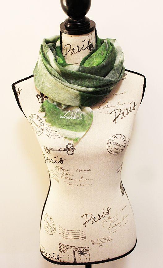 Handwoven Woollen Scarf by CHOBHI