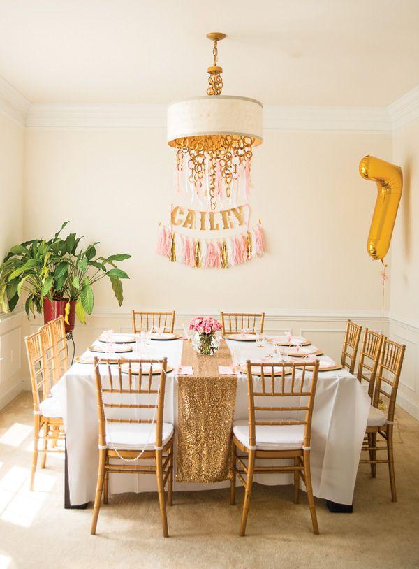 Gold glitter birthday table