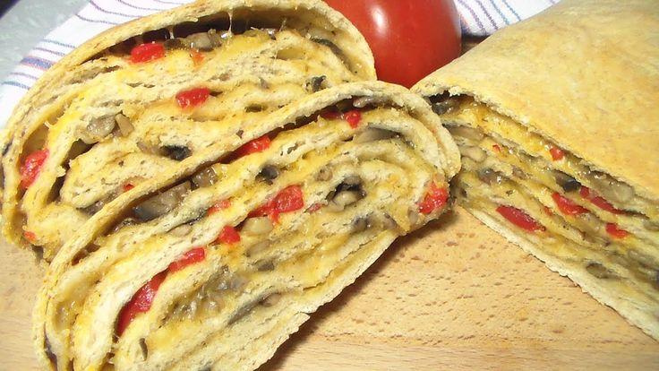 Хлеб  с начинкой можно взять на пикник вместо бутерброда. Мой канал: https://www.youtube.com/user/receptik1. Взять его целиком, а уже на месте нарезать его красивыми ломтиками. Этот хлеб станет не только вкусной закуской, но и аппетитным и привлекательным украшением стола. Начинку можно разнообразить по своему вкусу. #Марина_Перепелицына, #легко и просто.