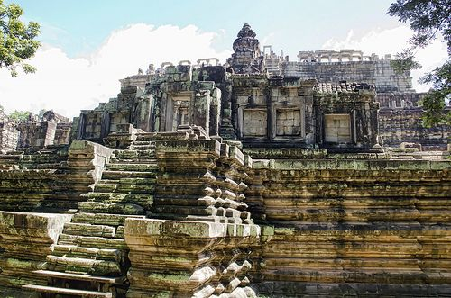 Angkor Thom - Baphuon Temple. WANT TO GO!