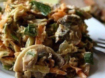 Грибной салат с сыром, морковью и солеными огурцами / Моё счастье