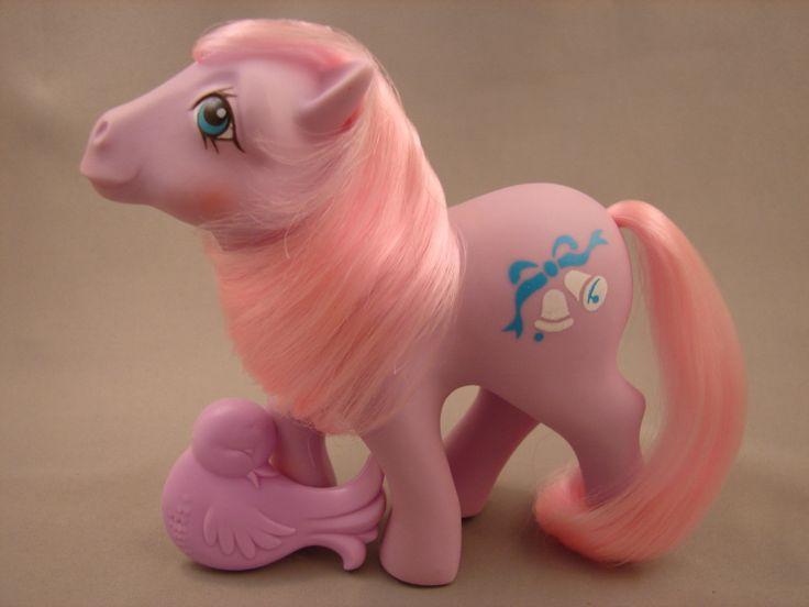 Satin 'n Lace, a Wedding pony