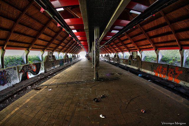 charleroi-abandoned-ghost-metro-2