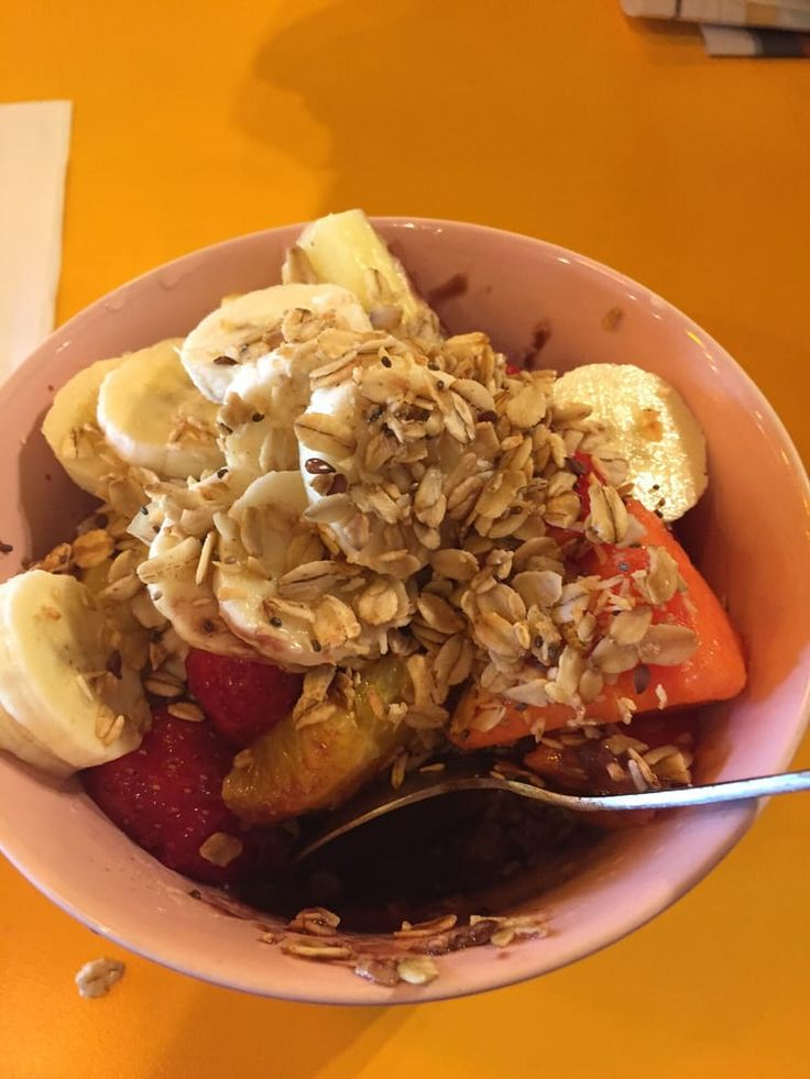 Head over to Athens Juice Bar in Miami Beach for a healthy treat! And, top it with our amazing granola – so delicious and good for you! Or, you can order yours online here: http://naturescocktail.com/shop/ . . . #workout #eatclean #healthy #fitfood #superfoods #officesnacks #weightlossfood #office #healthyoptions #healthycookies #cookies #granola #organic #kosher #vegan #superfood #delish #chocolate #granola #healthysnacks #healthysnacking #rightstuff #fuel #onthego #yummy #fonatainbleu…