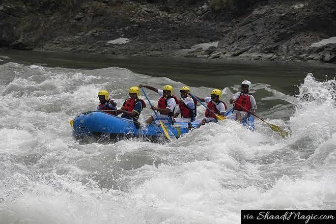 When are you getting ready for the adrenaline rush and go for River Rafting Thrills down the Ganges, Uttarakhand? Apart from the flower valley it offers, the River Rafting is a must do!