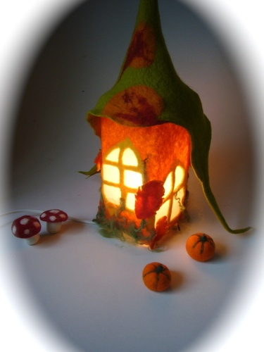 table lamp felt cover I must do this what a lovely night light!!!!