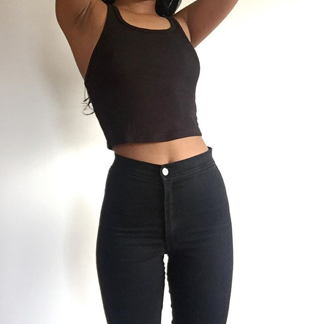 All black outfit   cropped tank top, high waist skinny jeans