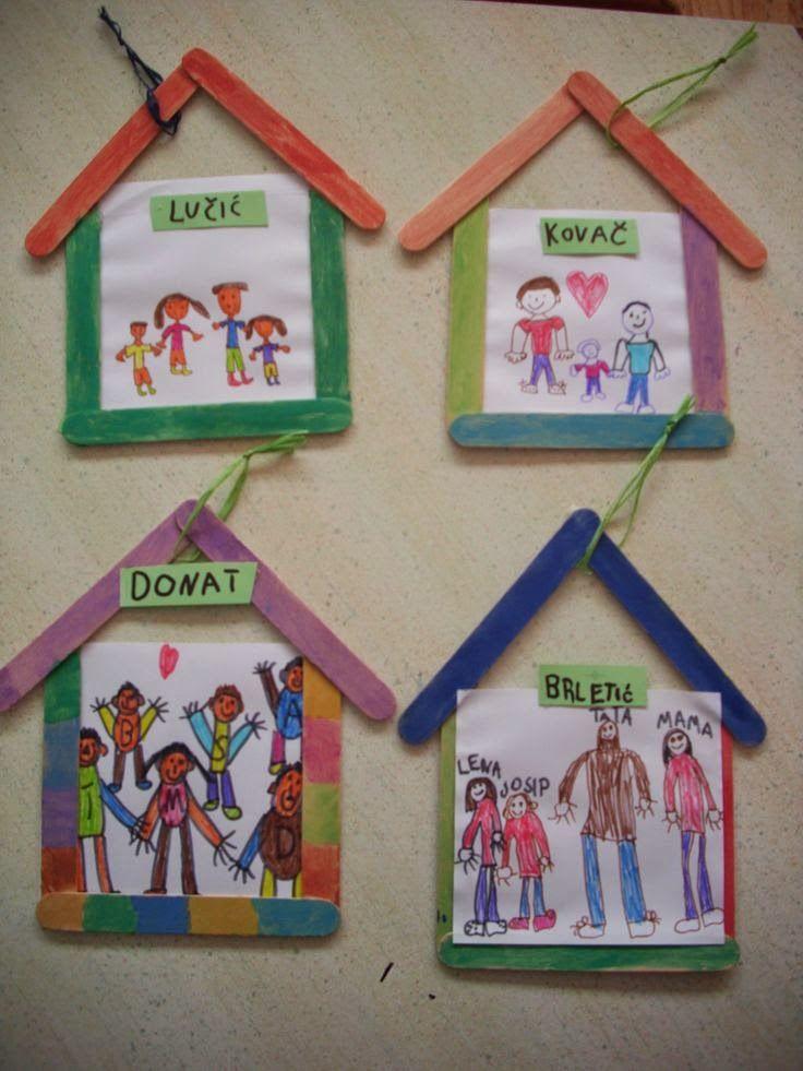 Manualidad sobre la familia. Cada niño dibuja a su familia y la pondrán en un marco colgante hecho con palitos de colores.