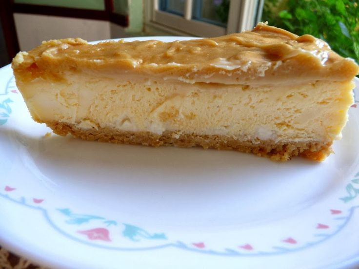 WHITE CHOCOLATE CARAMEL CHEESECAKE - Awesome cheesecake that will do you proud! Visit us at https://www.facebook.com/LowCarbingAmongFriends for more lovely recipes