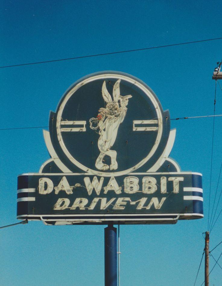 Da Wabbit - Gretna / New Orleans  - photo by G. Johnson / Johnny Bombshell