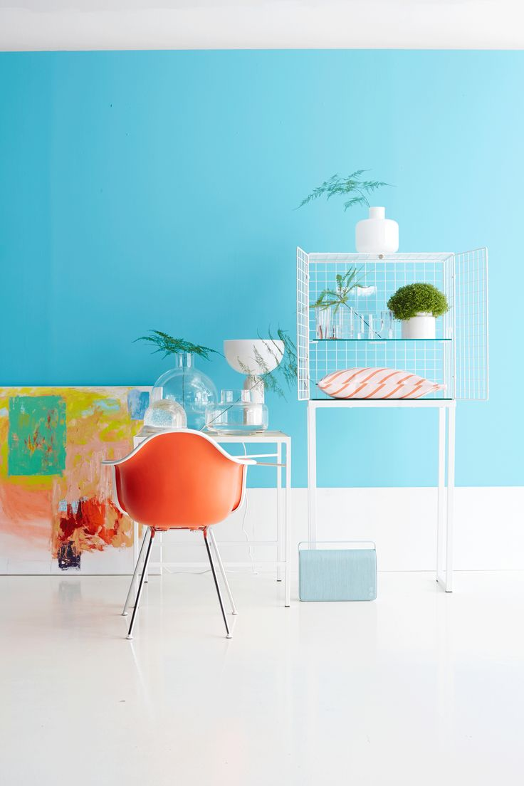 light blue and orange, styling Anna-Kaisa Melvas, photo Anna Huovinen / Glorian Koti