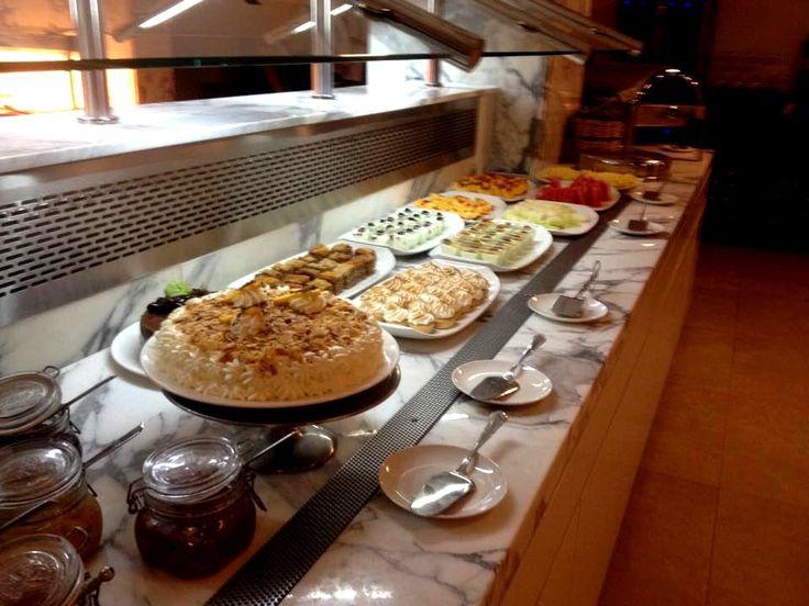 Wedding buffet-the desserts!!