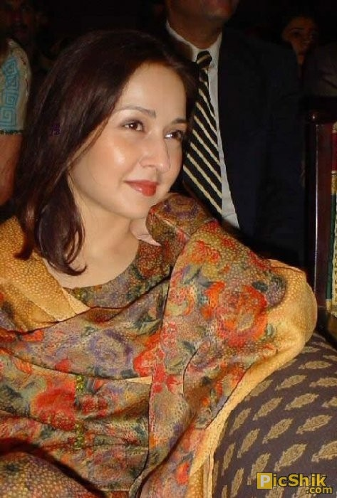 Zeba Bakhtiar - Pakistan