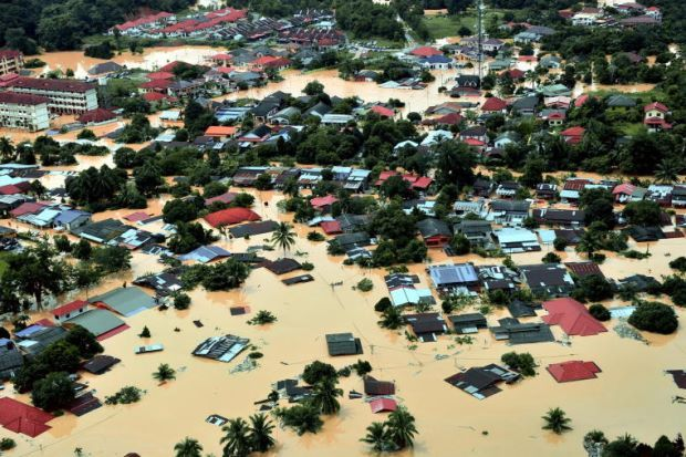 The worst flooding in Malaysia in more than a decade has killed 10 people and forced nearly 160,000 from their homes and more rain is expected, authorities said today. Among the casualties, five were in the worst-hit state of Kelantan, in northeastern peninsular Malaysia. Over the border in southern Thailand, 14 people have been killed…