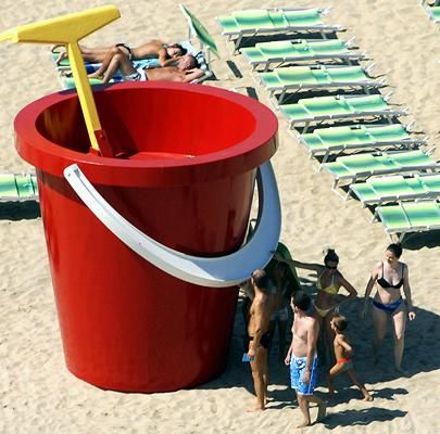 Bucket and Spade commissioned by Rimini Council