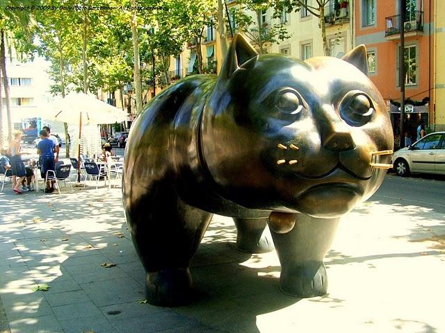 Obra del colombiano Fernando Botero, Gat (En Barcelona, 1987)