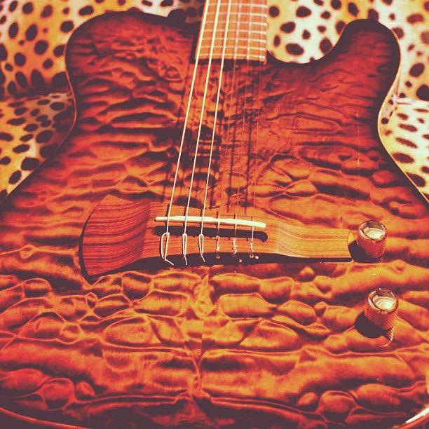 Sadowsky Guitar Electric Nylon Tigerseye