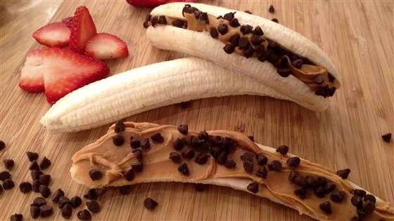 Awesome ideas for healthy snacks. Peanut butter banana freeze pop, chocolate pudding, fire popcorn.